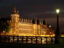 Conciergerie-Sainte-Chapelle-paris.jpg