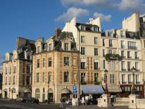 Iles-de-Paris_Ile_de_la_cite.jpg
