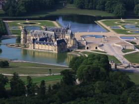 chateau-de-chantilly-3.jpg
