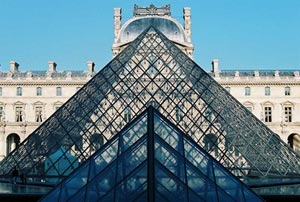 The Louvre, a tour of the world