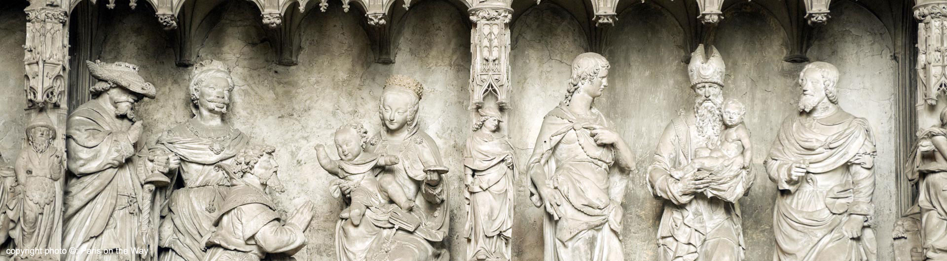 CHARTRES LOW RELIEF SCULPTURES